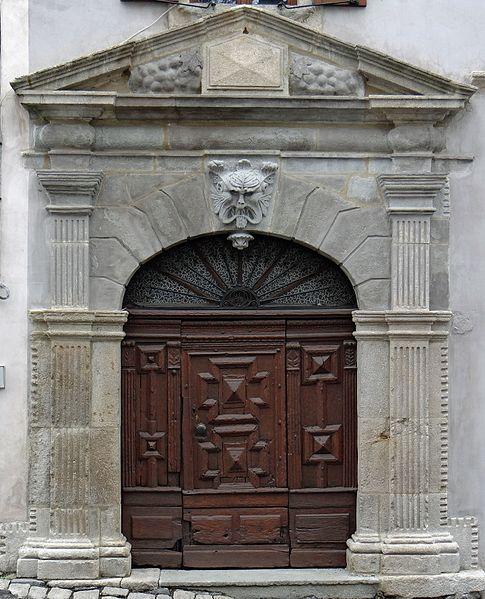 Photo du Monument Historique Maison situé à Le Monastier-sur-Gazeille