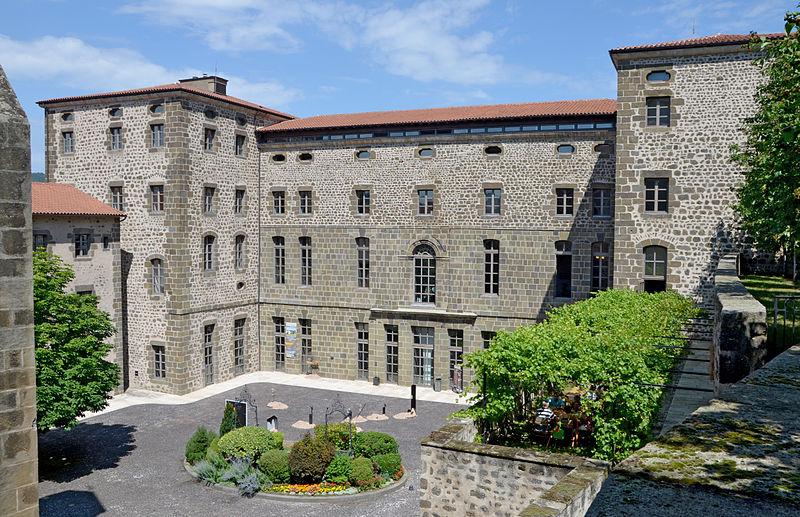 Photo du Monument Historique Hôpital Général situé à Le Puy-en-Velay
