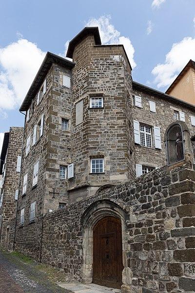 Photo du Monument Historique Anciens hôtel de Girardin et de Luzy situé à Le Puy-en-Velay