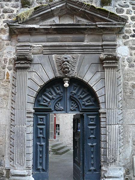 Photo du Monument Historique Hôtel de Marcellange ou de la Rochenegly (maison Armand) situé à Le Puy-en-Velay
