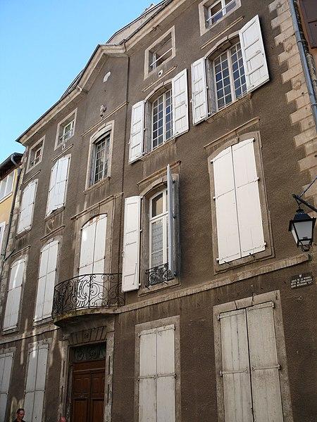 Photo du Monument Historique Hôtel de Miramon (ancien Logis de la Pomme et du Dauphin) situé à Puy-en-Velay (Le)