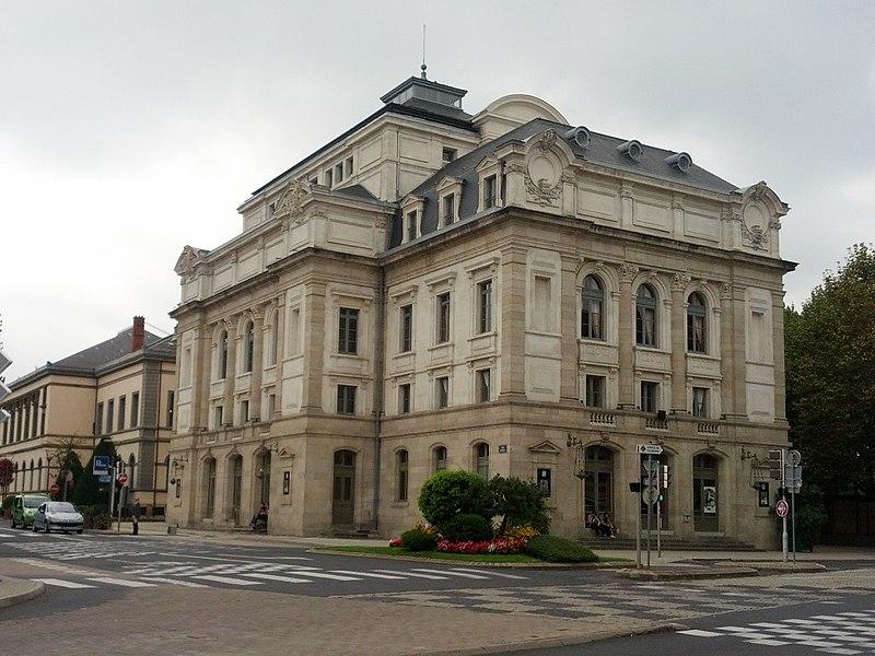 Photo du Monument Historique Théâtre situé à Le Puy-en-Velay