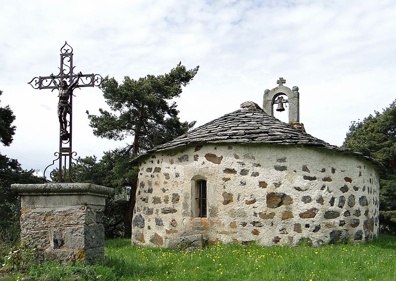 Photo du Monument Historique Chapelle du hameau de la Chapelette situé à Saint-Julien-Chapteuil
