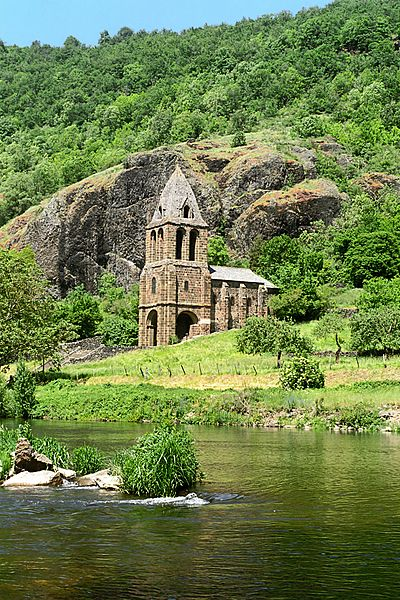 Photo du Monument Historique Chapelle Sainte-Marie-des-Chazes situé à Saint-Julien-des-Chazes