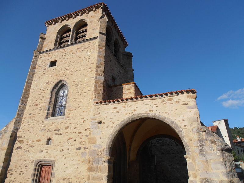 Photo du Monument Historique Eglise Saint-Mary situé à Vézézoux