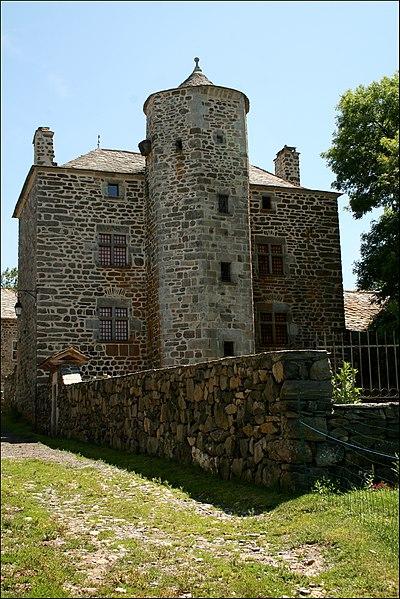 Photo du Monument Historique Maison-forte de Freycenet situé à Freycenet-la-Cuche