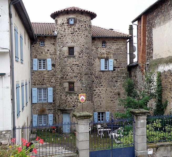 Photo du Monument Historique Hôtel de Bar situé à Allègre