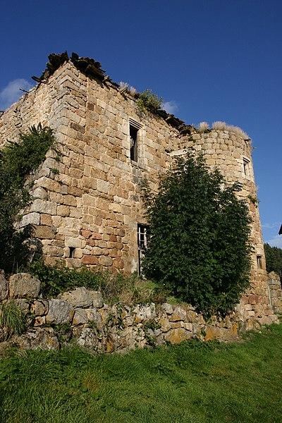 Photo du Monument Historique Château de Soubreys situé à Salettes