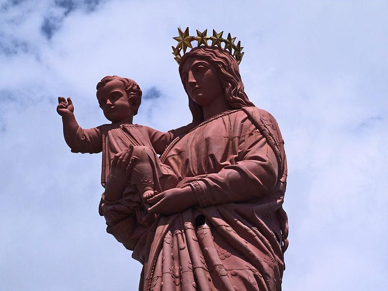 Photo du Monument Historique Statue de Notre-Dame de France situé à Le Puy-en-Velay