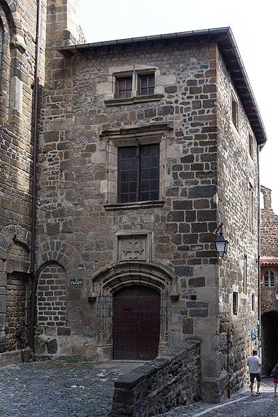 Photo du Monument Historique Hôtel de la Prévôté situé à Le Puy-en-Velay