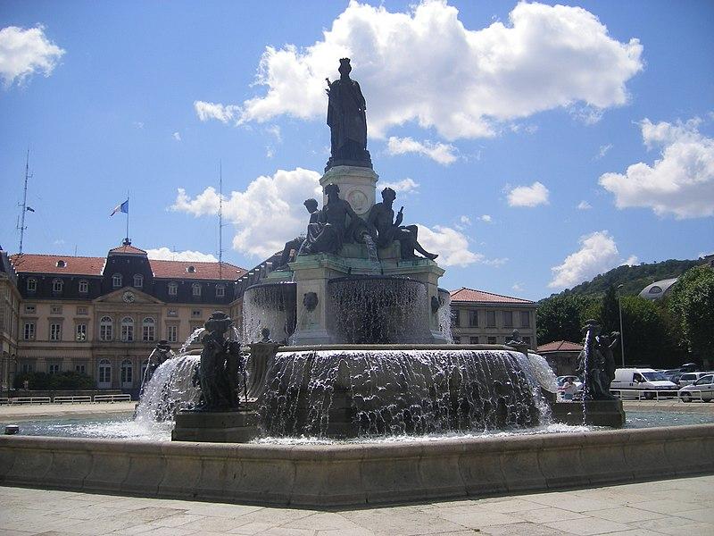 Photo du Monument Historique Fontaine Crozatier situé à Puy-en-Velay (Le)