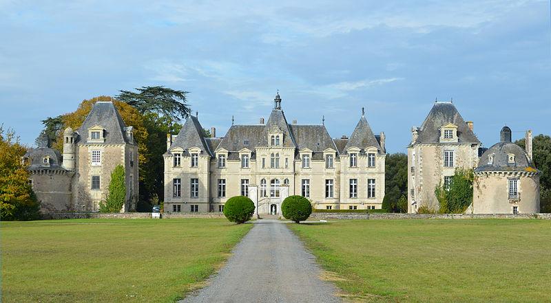 Photo du Monument Historique Château du Plessis-de-Vair situé à Anetz