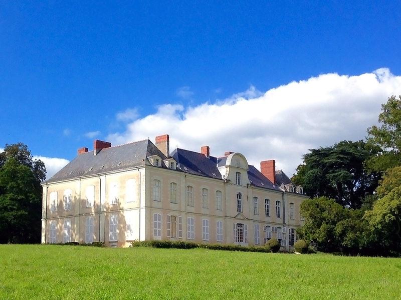 Photo du Monument Historique Château de la Mesnerie situé à La Chapelle-sur-Erdre