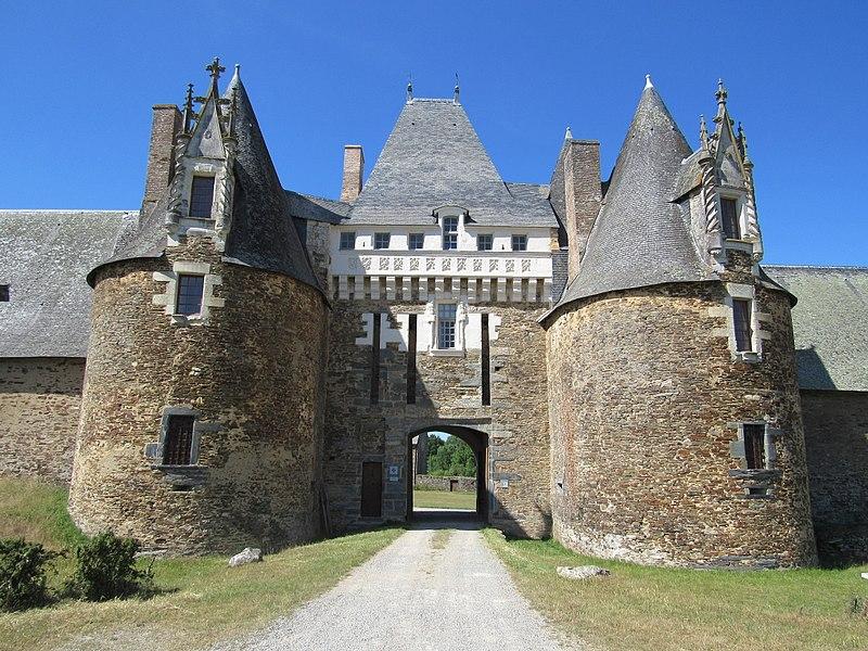 Photo du Monument Historique Château de la Motte-Glain situé à Chapelle-Glain (La)