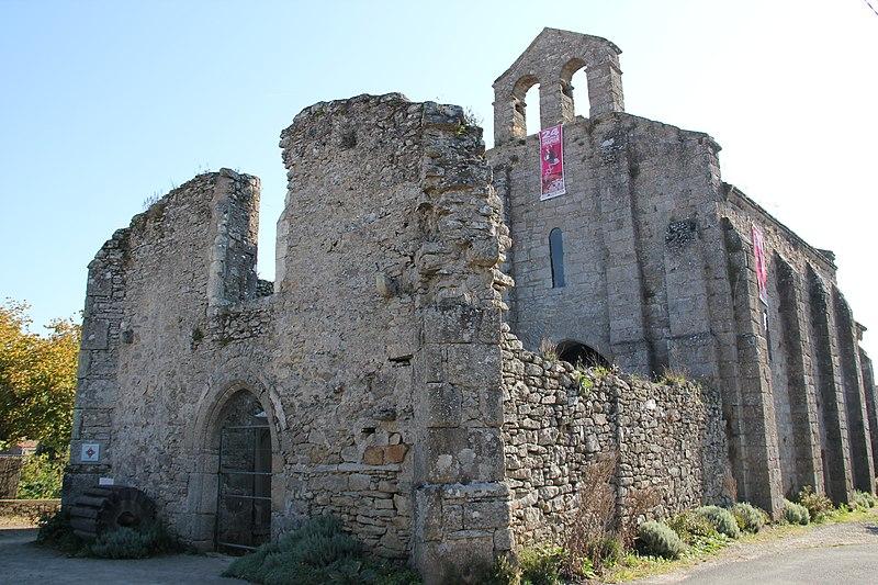 Photo du Monument Historique Chapelle des Templiers  ou la Madeleine du Temple situé à Clisson