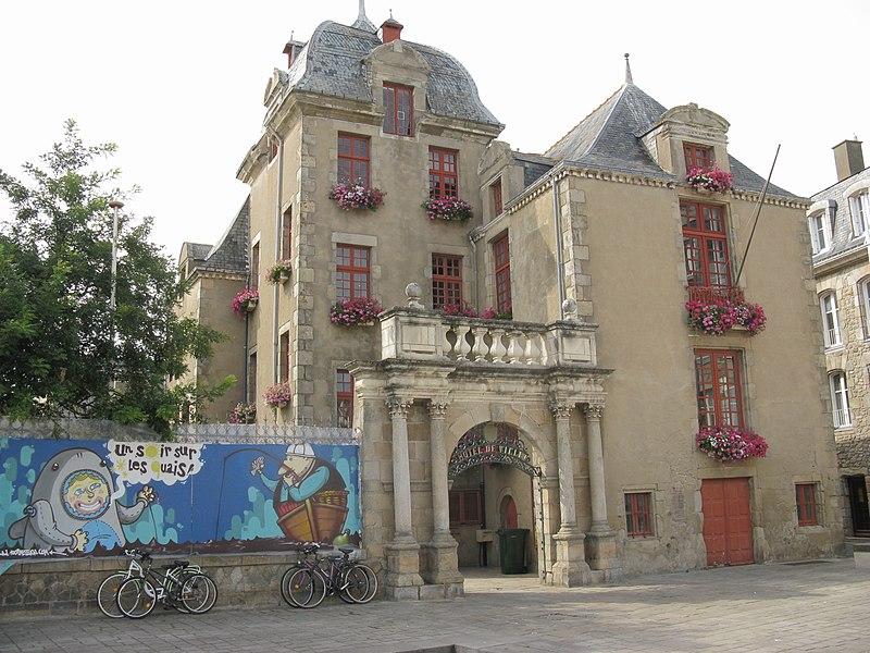Photo du Monument Historique Hôtel de ville situé à Croisic (Le)