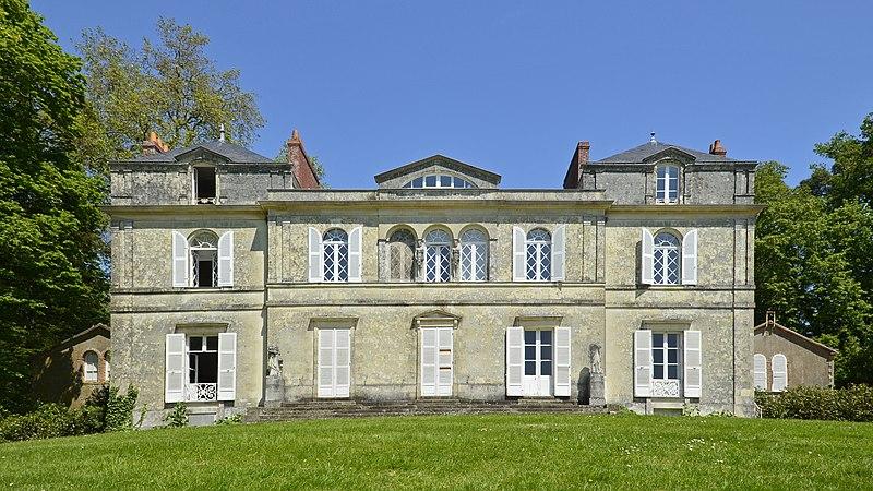 Photo du Monument Historique Villa de la Chantrerie situé à Nantes
