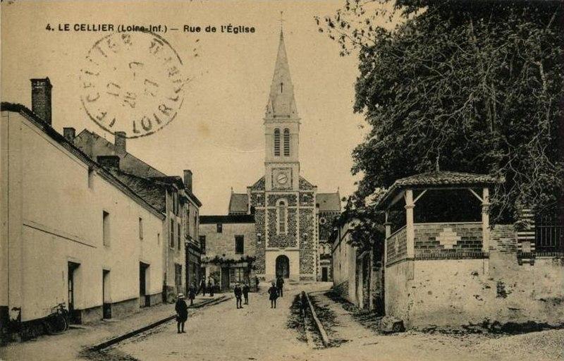 Photo du Monument Historique Eglise paroissiale Saint-Martin situé à Le Cellier