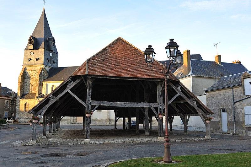 Photo du Monument Historique Halle situé à Aschères-le-Marché