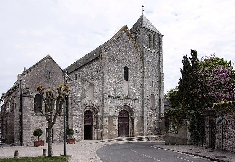 Photo du Monument Historique Eglise Notre-Dame situé à Beaugency