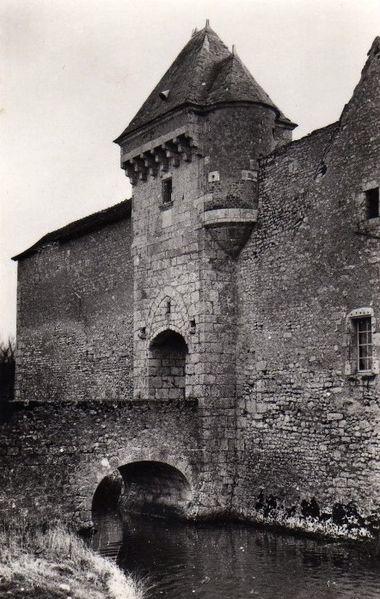Photo du Monument Historique Château d'Assay situé à Beaulieu-sur-Loire