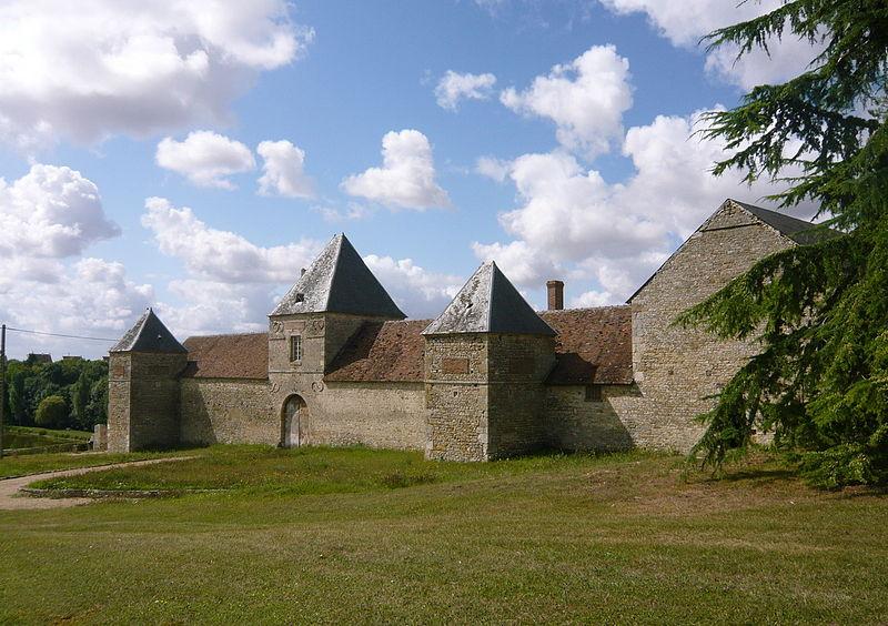 Photo du Monument Historique Manoir de la Taille situé à Bondaroy