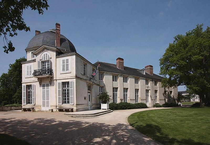 Photo du Monument Historique Château situé à Châteauneuf-sur-Loire