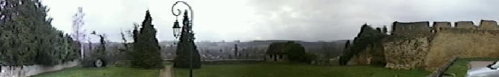 Photo du Monument Historique Ruines de l'ancien château situé à Châteaurenard