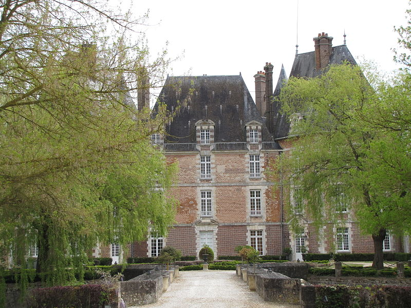 Photo du Monument Historique Château de la Motte situé à Châteaurenard