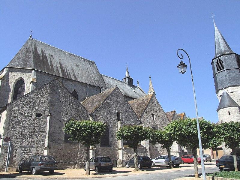 Photo du Monument Historique Eglise Saint-Pierre situé à Châtillon-Coligny