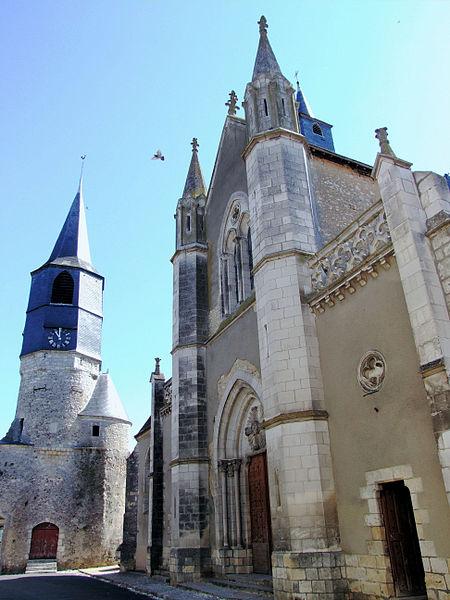 Photo du Monument Historique Porte de ville situé à Châtillon-Coligny