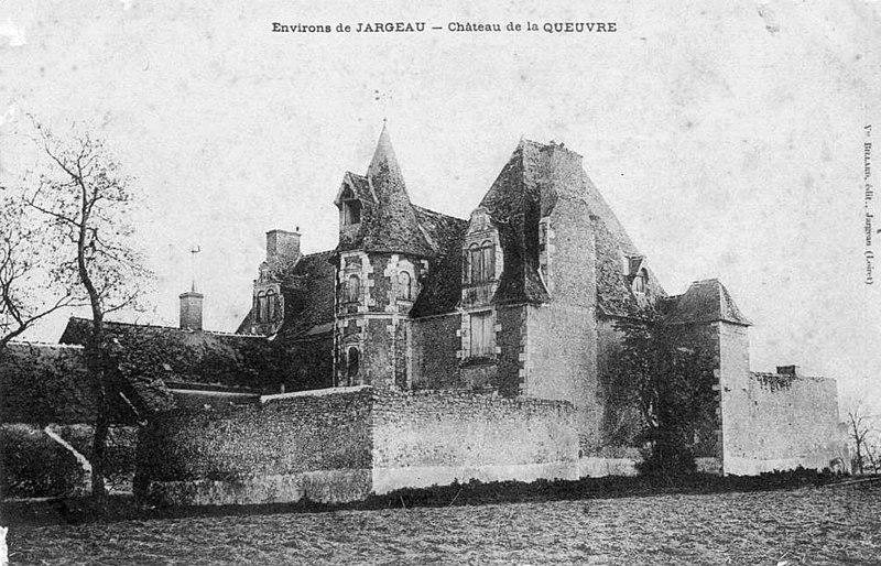 Photo du Monument Historique Château de la Queuvre situé à Férolles