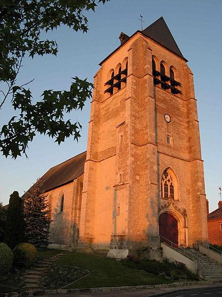 Photo du Monument Historique Eglise Saint-Aubin situé à La Ferté-Saint-Aubin