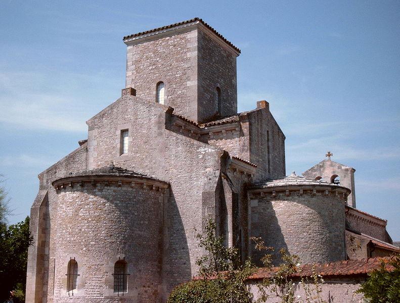 Photo du Monument Historique Eglise de la Très-Sainte-Trinité situé à Germigny-des-Prés