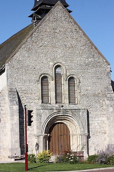 Photo du Monument Historique Eglise Saint-Pierre situé à Jouy-le-Potier