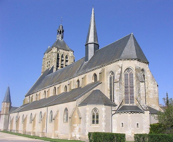 Photo du Monument Historique Eglise Saint-Symphorien situé à Neuville-aux-Bois