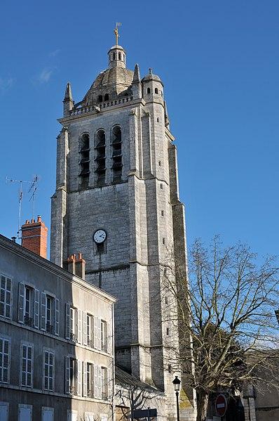 Photo du Monument Historique Restes de l'église Saint-Paul situé à Orléans
