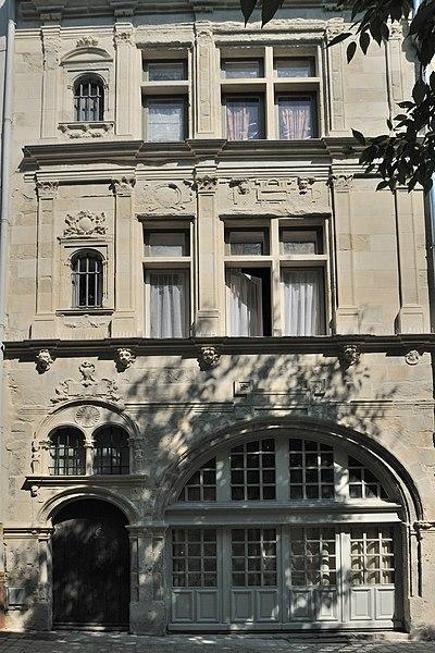 Photo du Monument Historique Maison dite de Jean d'Alibert situé à Orléans