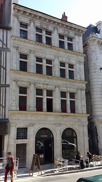 Photo du Monument Historique Maison de Du Cerceau situé à Orléans