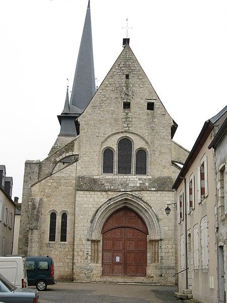 Photo du Monument Historique Eglise Saint-Martin situé à Ouzouer-sur-Trézée