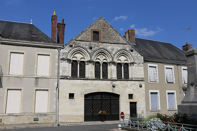 Photo du Monument Historique Maison du 13e siècle situé à Saint-Benoît-sur-Loire