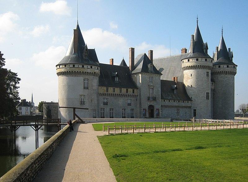 Photo du Monument Historique Château situé à Sully-sur-Loire