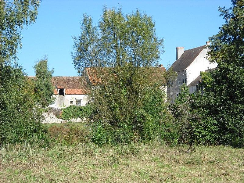Photo du Monument Historique Ferme du Ver situé à Tavers