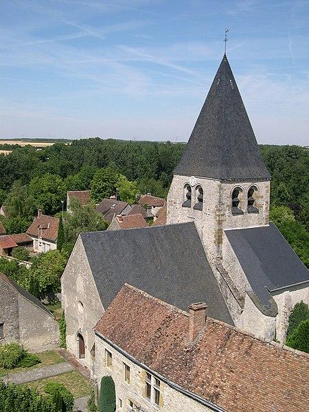 Photo du Monument Historique Eglise Saint-Gault d'Yèvre-le-Châtel situé à Yèvre-la-Ville