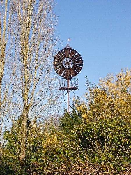 Photo du Monument Historique Eolienne Bollée situé à Saint-Jean-de-Braye