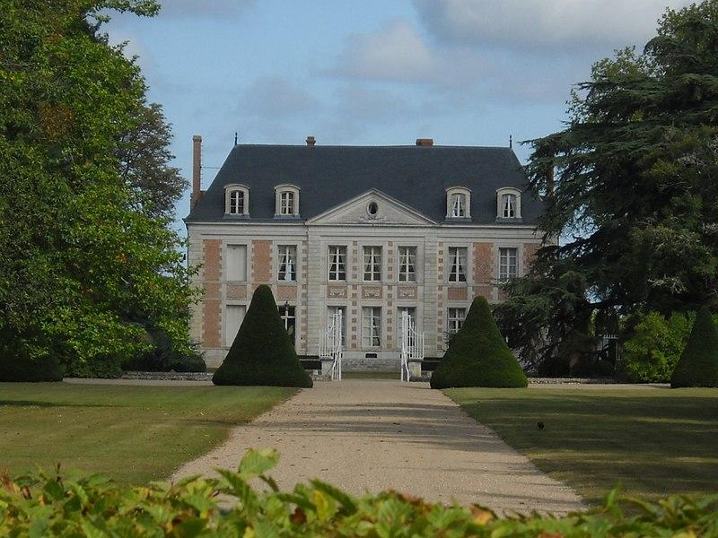 Photo du Monument Historique Domaine de La Porte (également sur commune de Saint-Cyr-en-Val) situé à Sandillon