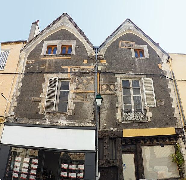 Photo du Monument Historique Maison double situé à Montargis