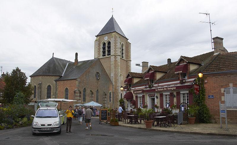 Photo du Monument Historique Église Notre-Dame situé à Ménestreau-en-Villette