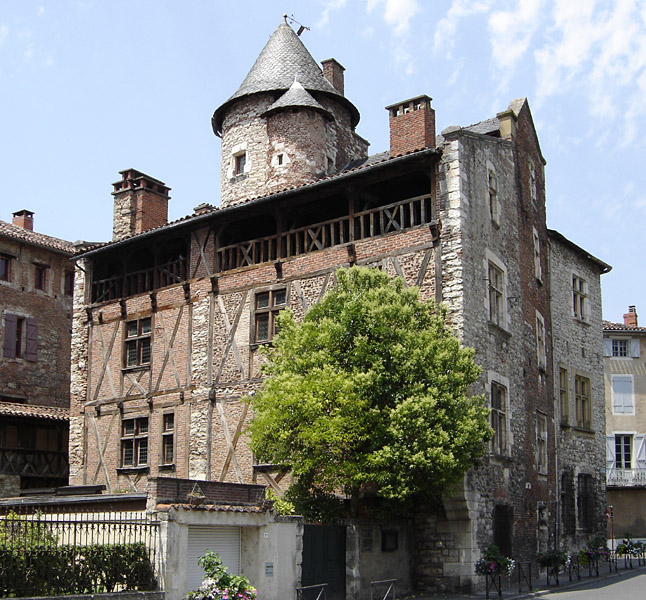 Photo du Monument Historique Maison dite de Henri IV situé à Cahors