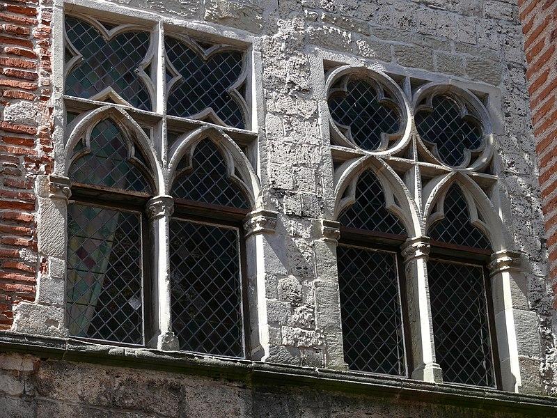 Photo du Monument Historique Maison du 14e siècle situé à Cahors